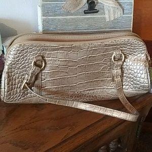 Bisou Bisou purse